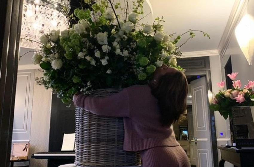 Când iubitul îți dăruiește TOATE FLORILE DIN ROMA, de ziua ta! Cum și-a sărbătorit Lady Gaga cei 35 de ani