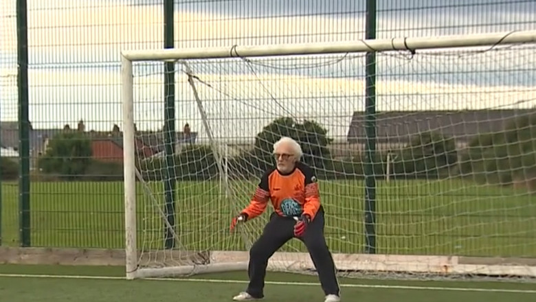 """(VIDEO) Portar de 88 de ani la o echipă de fotbal din Țara Galilor. Alan este îngrijorat că în ultima vreme a devenit """"cam lent"""""""