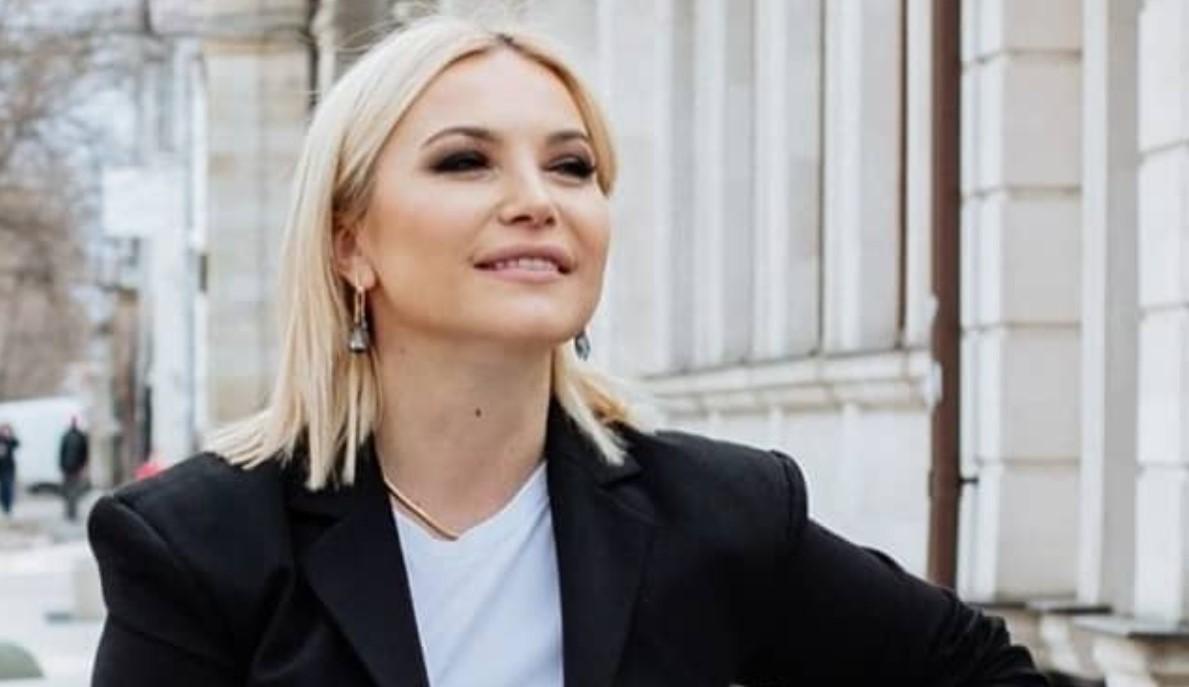 """Rodica Ciorănică, despre Natalia Barbu: """"Caldă, fericită și a noastră"""". Vezi cum s-au afișat acestea în mediul online"""