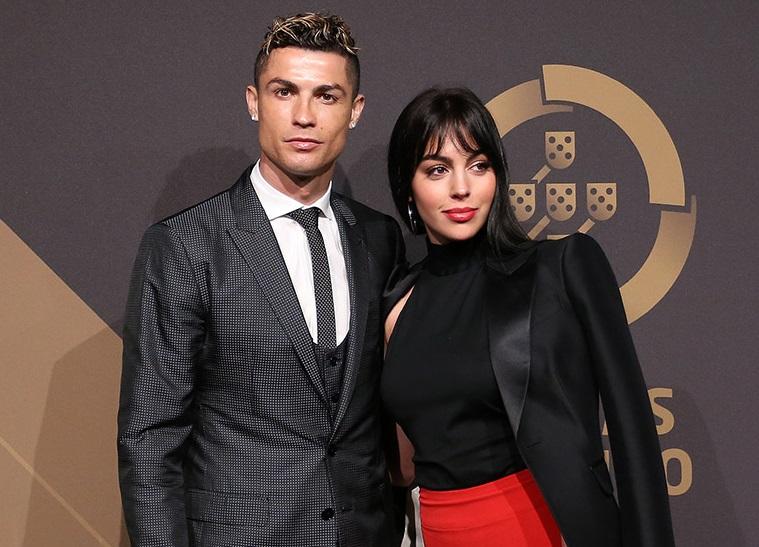 """(FOTO) Cristiano Ronaldo i-a oferit un cadou de lux soției: """"Sunt fără cuvinte"""""""