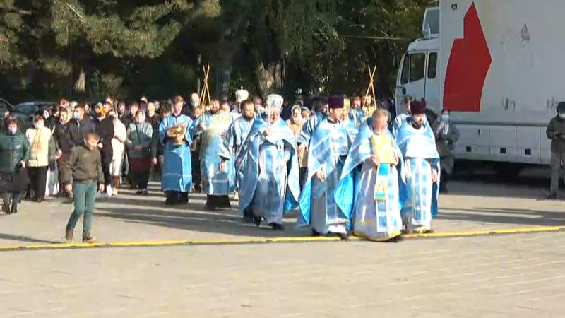 """(video) Voie bună în centrul Capitalei: Sărbătoarea """"Hramul orașului Chișinău"""", inaugurată cu un spectacol de excepție"""