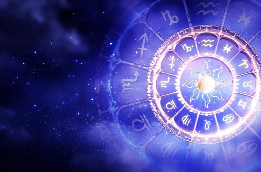 Horoscop 30 martie 2021. Tensiuni la locul de muncă și o dilemă legată de relația de cuplu