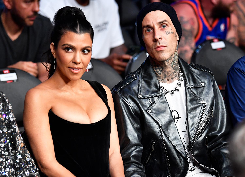 Kourtney Kardashian și Travis Barker s-au logodit. Imagini spectaculoase de la cererea în căsătorie