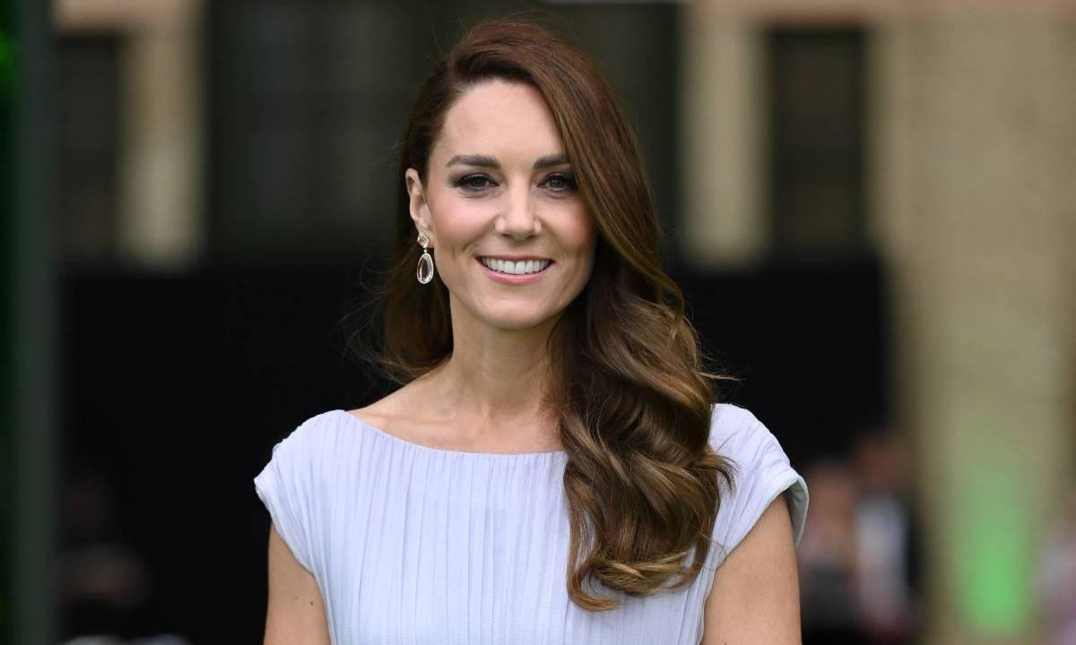 FOTO Cele mai scumpe ținute ale Ducesei de Cambridge. Ce rochie purtată de Kate Middleton a costat sute de mii de dolari