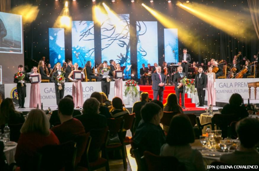premii-pentru-cele-mai-reprezentative-creatii-cine-sunt-laureai